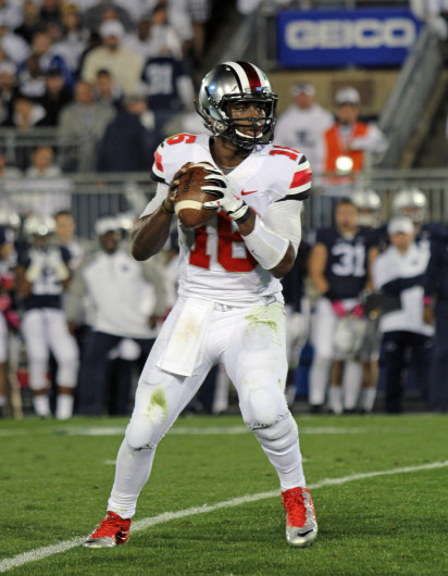 Redshirt-freshman quarterback J.T. Barrett scans the field during a game against Penn State on Oct. 25 in State College, Pa. OSU won, 31-24, in double overtime. Credit: Ritika Shah / Lantern TV news director