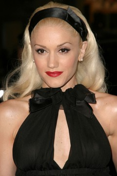 "Gwen Stefani attends the world premiere of the Warner Bros. release ""Constantine"" on Feb. 16, 2005, held at Grauman's Chinese Theater in Hollywood. Credit: Courtesy of TNS"