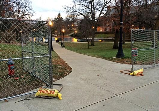Fences surround Mirror Lake on Nov. 24. Credit: Mark Batke / Photo editor