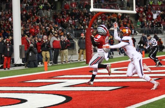 Then-senior wide receiver Devin Smith (9) catches a touchdown during a game against Illinois on Nov. 1 at Ohio Stadium. OSU won 55-14.