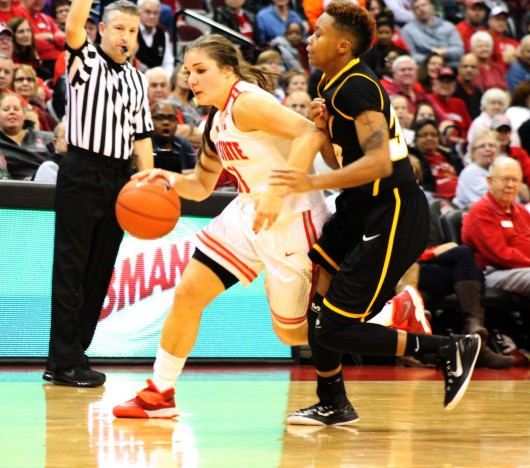 OSU junior guard Cait Craft (left) dribbles during a game against VCU on Nov. 23 at the Schottenstein Center. OSU won, 96-86. Credit: Nina Budeiri / Lantern photographer