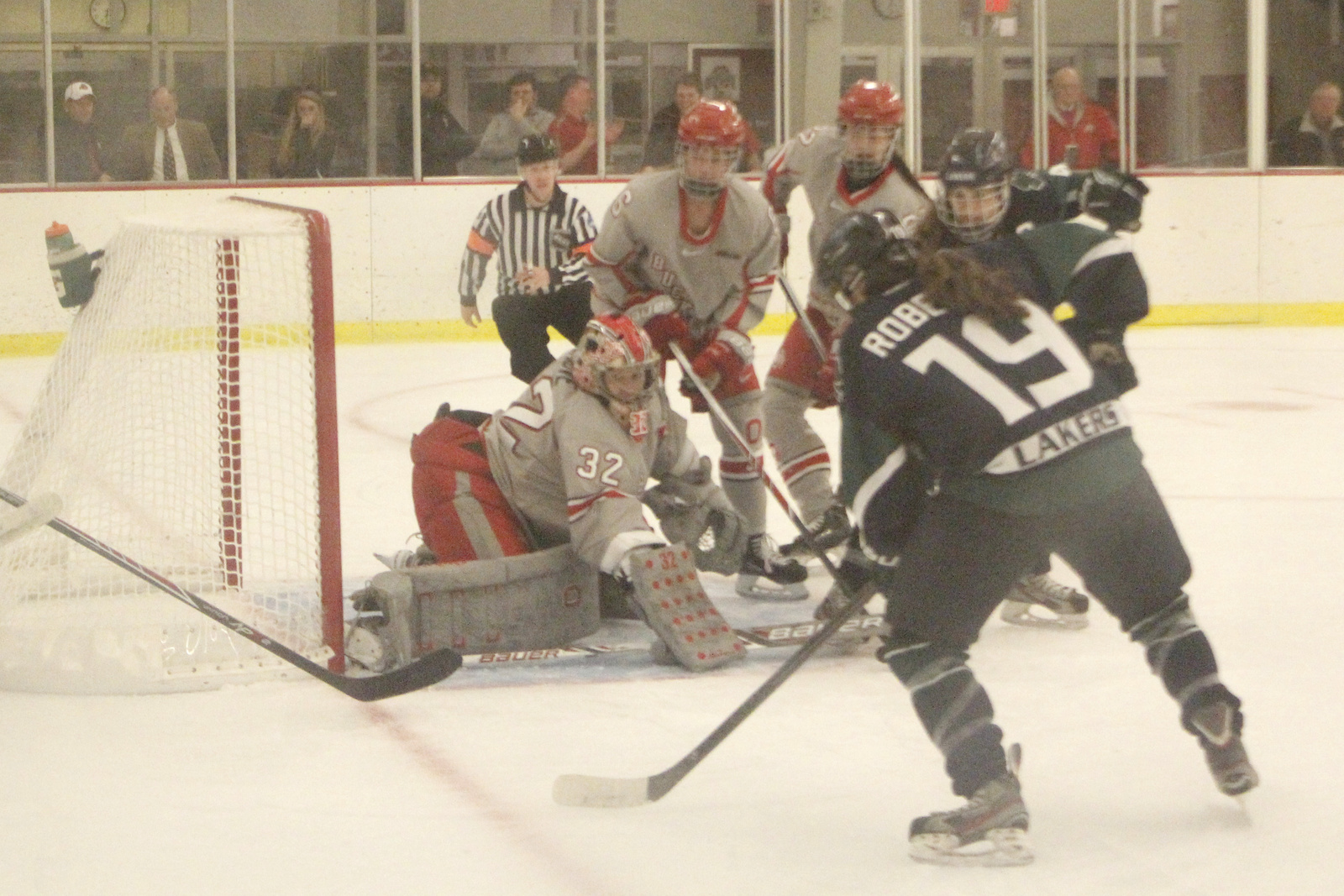 Freshman goaltender Kassidy Sauve (32) defends the net during a game against Mercyhurst on Nov. 11 at the OSU Ice Rink. OSU lost, 3-0. Credit: Jon McAllister / Asst. photo editor