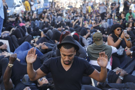 March on the Oval to protest Ferguson decision, police brutality