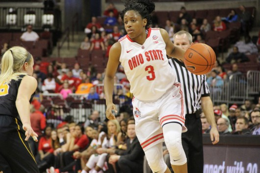 Then-freshman OSU guard Kelsey Mitchell scans the court during a game on Feb. 21 at the Schottenstein Center. OSU won, 100-82. Credit: Ryan Cooper / Sports Editor