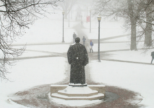 Freezing temperatures with possible sub-0 wind chills have caused many students to voice their desire for OSU to cancel classes. Credit: Yann Schreiber / Lantern reporter