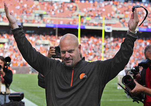 Browns coach Mike Pettine acknowledges fans after the Browns' 26-24 victory over the New Orleans Saints on Sept. 14 in Cleveland. Credit: Courtesy of TNS