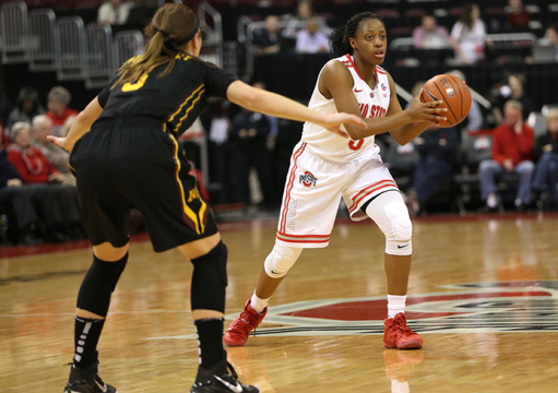 OSU freshman guard Kelsey Mitchell (3) looks to pass the ball during a game against Minnesota on Jan. 15 at the Schottenstein Center. OSU lost, 76-72. Credit: Mark Batke / Photo editor