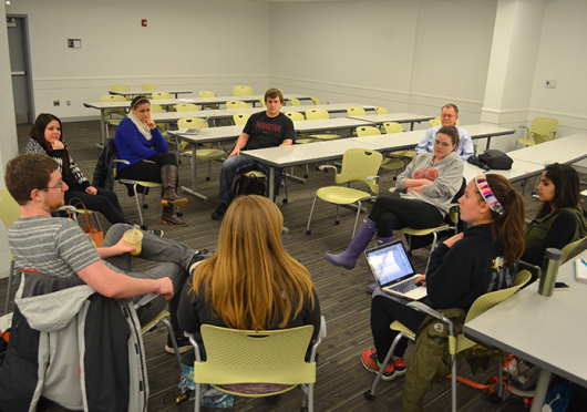 Students gather for a College Diabetes Network meeting March 3 at Cunz Hall. Credit: Robert Scarpinito / Lantern reporter