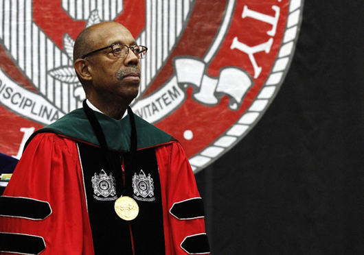 President Michael Drake speaks to graduates and spectators Dec. 21 during the OSU 2014 Autumn Commencement at the Schottenstein Center. Credit: Jon McAllister / Asst. photo editor