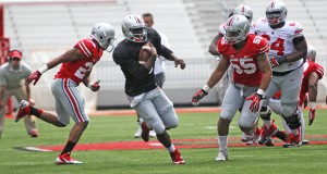 OSU football players compete in the 2014 Spring Game on April 12, 2014, at Ohio Stadium. Credit: Mark Batke / Photo editor