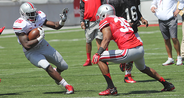 Then-redshirt-sophomore running back Bri'onte Dunn (25) carries the ball during the 2014 OSU Spring Game on at Ohio Stadium. Credit: Lantern file photo