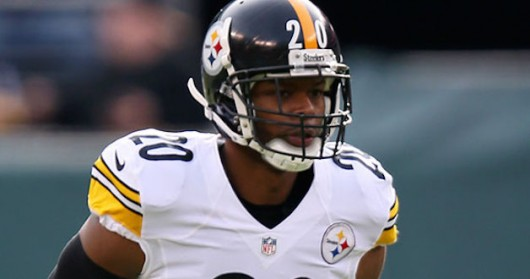 Pittsburgh Steelers and former Ohio State safety Will Allen surveys the field during a game. Credit: Courtesy of Steelers.com