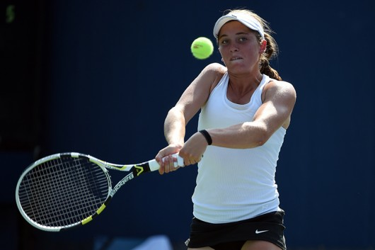 Francesca Di Lorenzo competes during a match at the 2015 U.S. Junior Open. Credit: Courtesy of United States Tennis Association