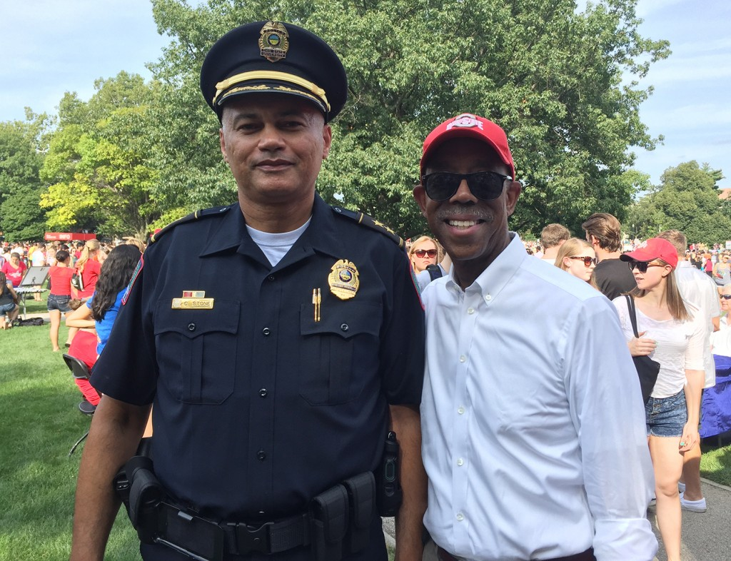 University Police Chief Craig Stone and University President Michael Drake at the Student Involvement Fair on Aug. 23. Photo: Courtesy of Doug Cunningham