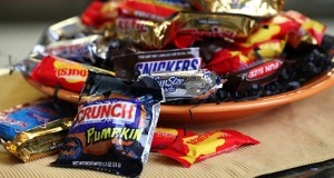 There are plenty of healthy alternatives to these typical Halloween treats. (Jessica J. Trevino/Detroit Free Press/MCT)