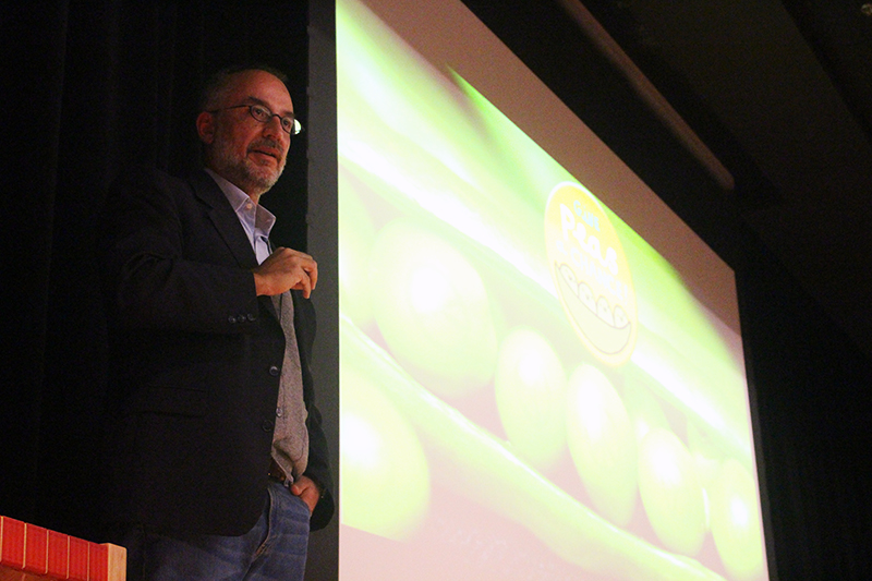Plant physiologist Stefano Mancuso gives a lecture on plant intelligence at Ohio State on Nov. 15. Credit: Francis Pellicciaro / Assistant Multimedia Editor