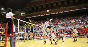 Members of the OSU women's volleyball team during a game against Michigan on Nov. 14 at St. John Arena. OSU lost 3-0. Credit: Giustino Bovenzi | Lantern Photographer