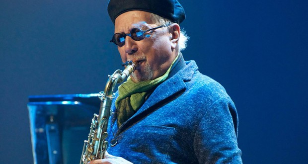 Jazz artist Charles Lloyd performs on stage. Credit: Courtesy of Jennifer Wray