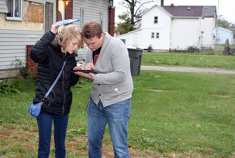 Students from Ohio State's Knowlton School of Architecture used a tablet app to survey vacant land in Lima, Ohio. Credit: Courtesy of Mattijs Van Maasakkers