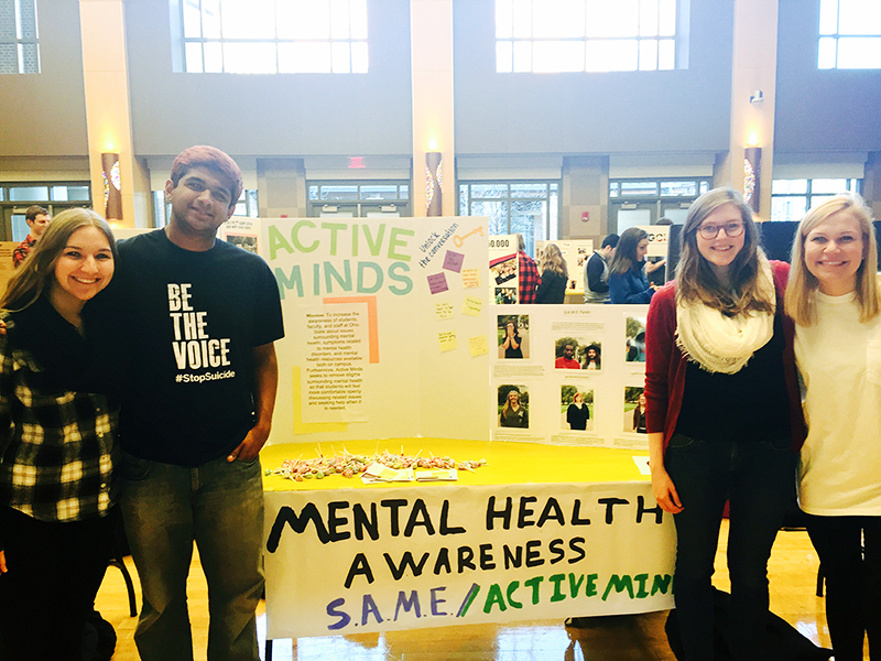 Members of Active Minds pose at the Spring Involvement Fair. Courtesy of Sarah Kelley