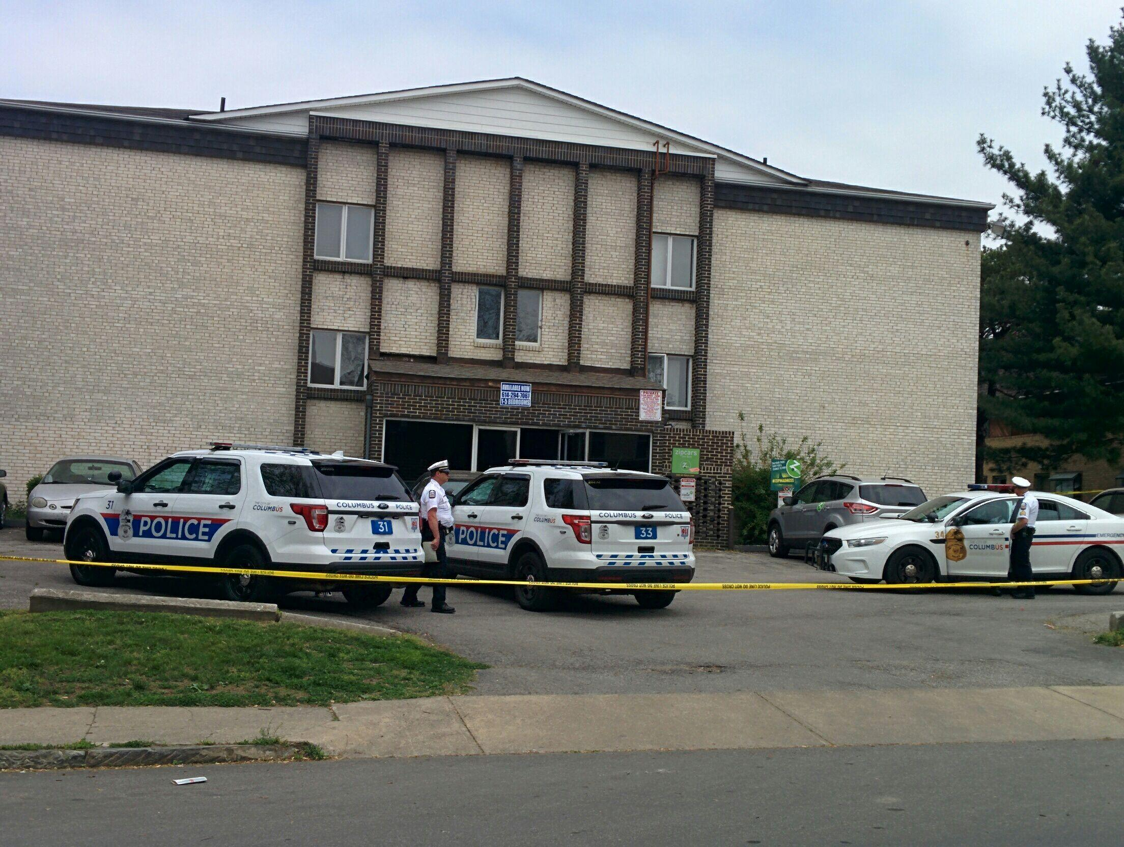 The apartment complex, located at 70 W. Northwood Ave., where two people were shot April 27. Credit: Amanda Etchison   Editor-in-Chief