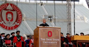 Dr. Anthoony Fauci speaks at the 2016 Spring Commencement