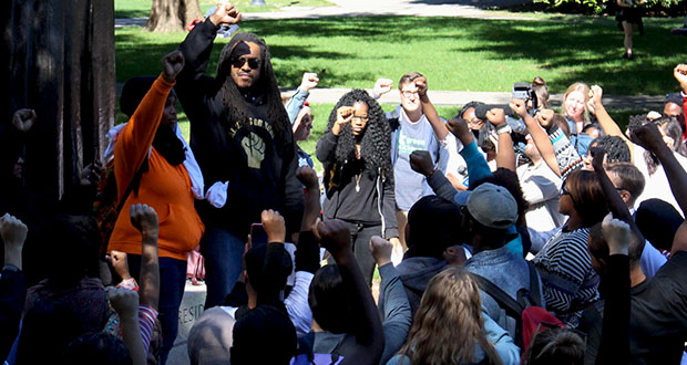 Ohio State students, community members hold demonstration for Tyre King