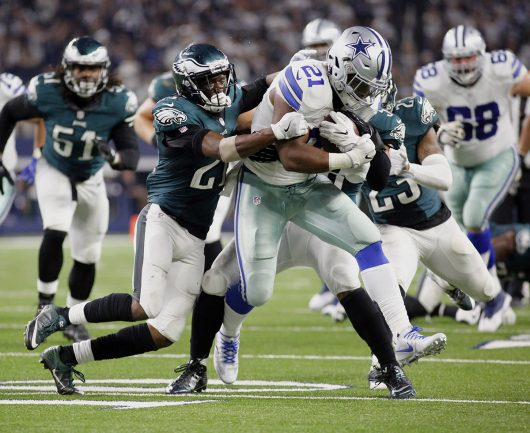 Dallas Cowboys rookie and former OSU running back Ezekiel Elliott (21) leads the NFL in rushing yards with 799. Credit: Courtesy of TNS