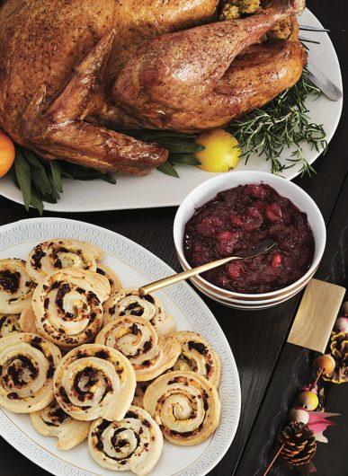 Making Thanksgiving dinner together is as fun as eating it. (Ryan Liebe/FamilyFun Magazine/TNS)