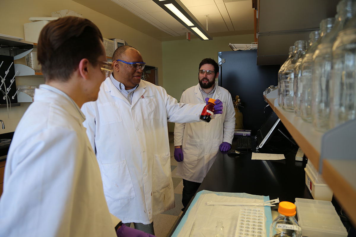 Ohio State researchers pursue artificial substitutes for blood transfusions