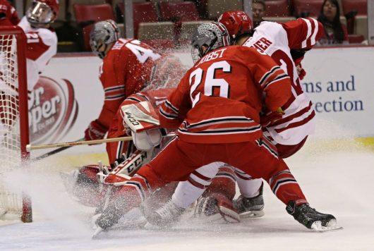 Hockey Badgers end season in Big Ten title game