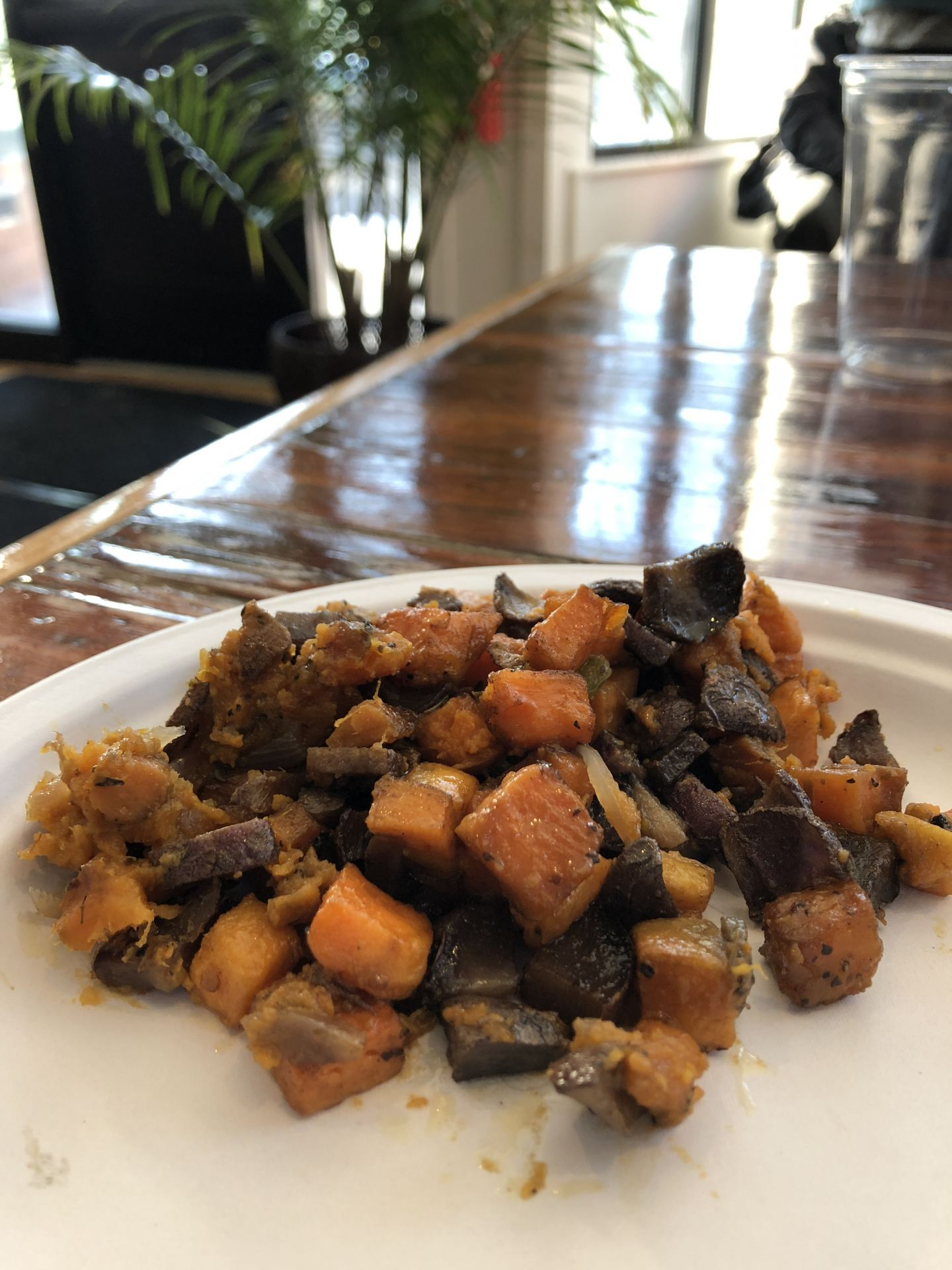 The brunch report pop up vegan soul food leaves us wanting and sweet and purple potato hash 4 credit sara stacy assistant arts and life editor forumfinder Gallery