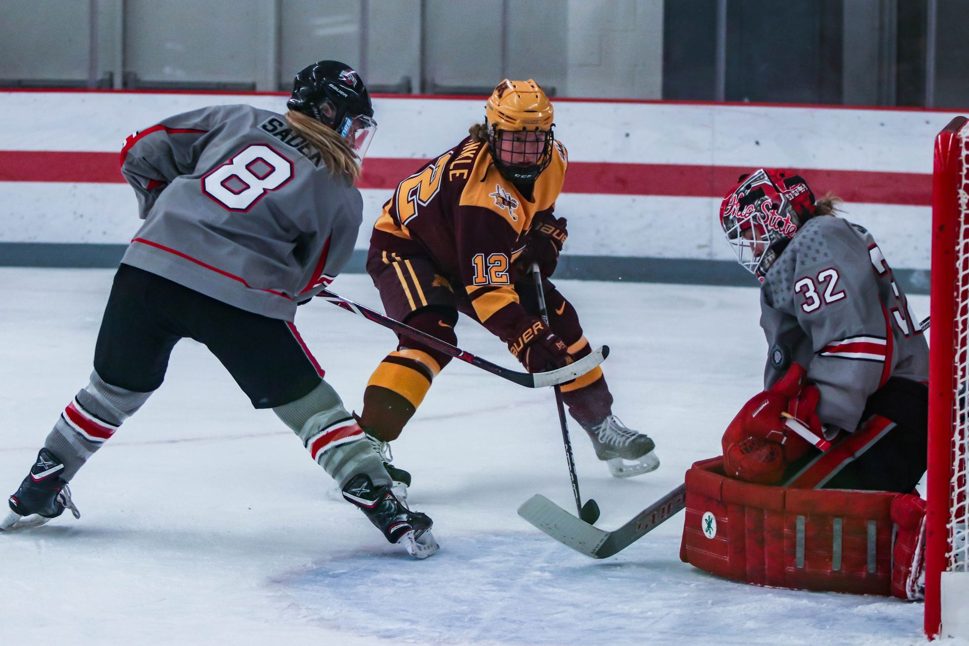 Women S Hockey No 5 Ohio State Drops Pair Of Games In Weekend