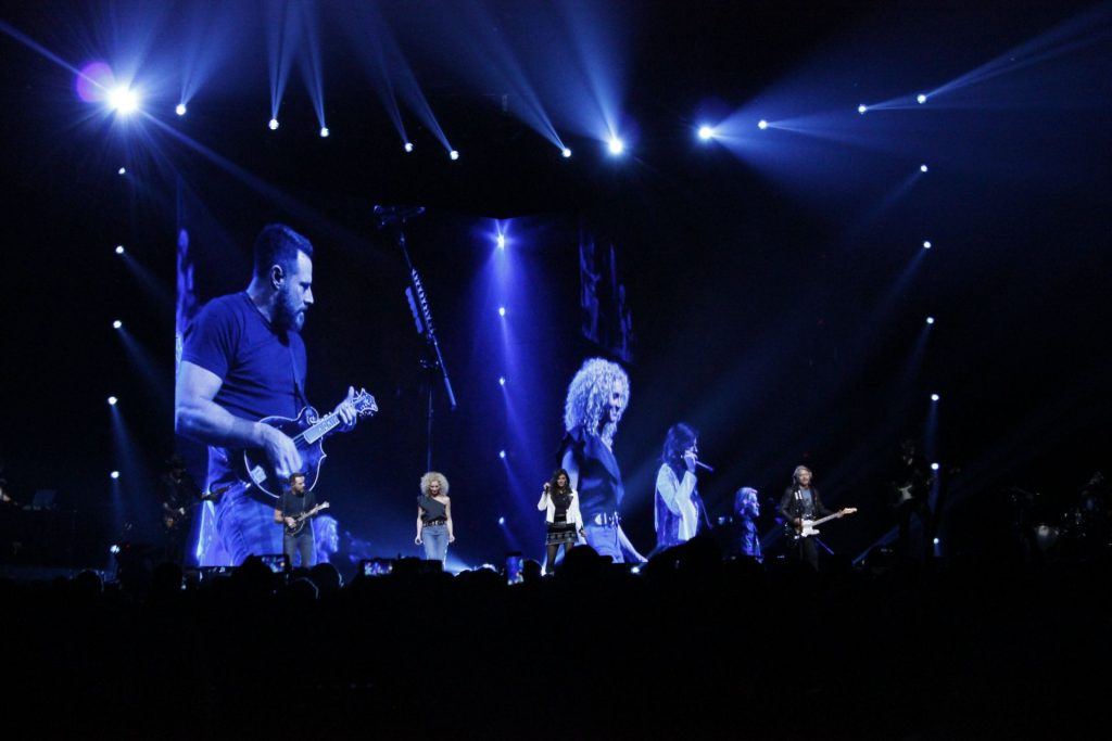"Little Big Town performs tracks off its latest album ""Breaker"" in Columbus last night. Credit: Sydney Riddle 