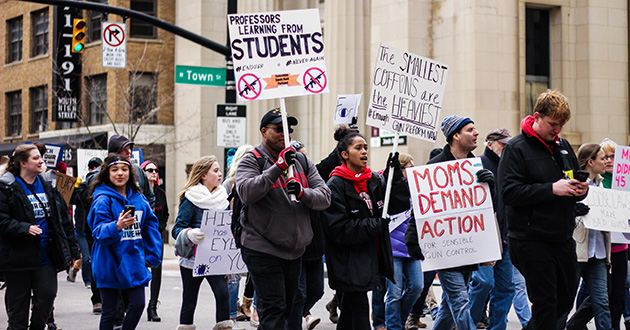 """Ohio State students among the thousands to """"March For Our Lives"""" in Columbus demonstration"""