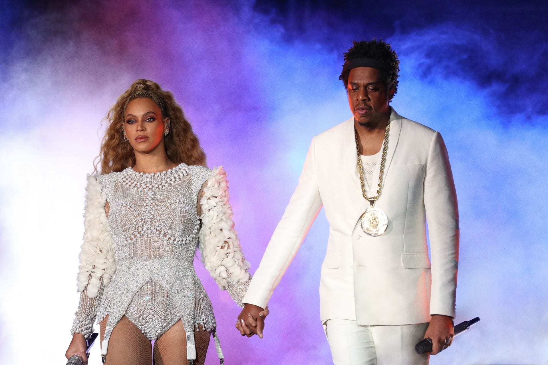 concert review beyonce and jay z take columbus on the run for latest tour stop. Black Bedroom Furniture Sets. Home Design Ideas