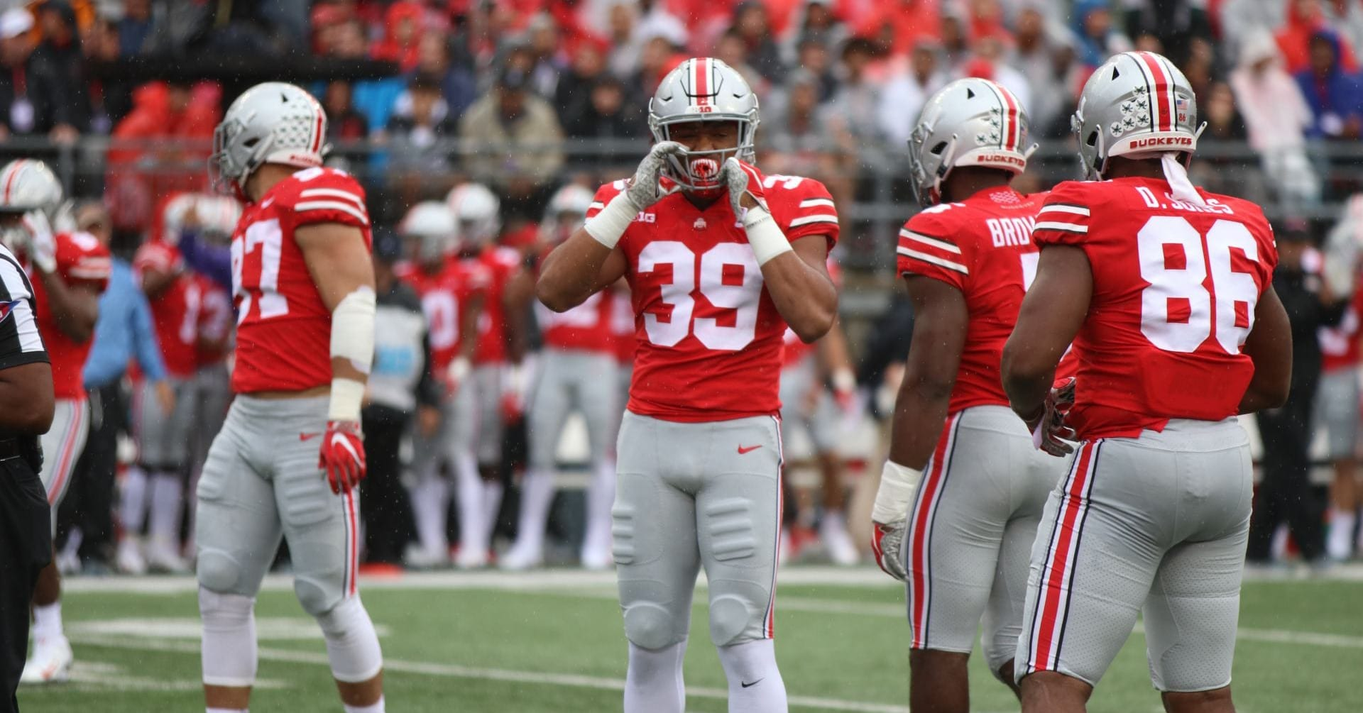Football: Inexperienced linebackers expect improvements in second half of season