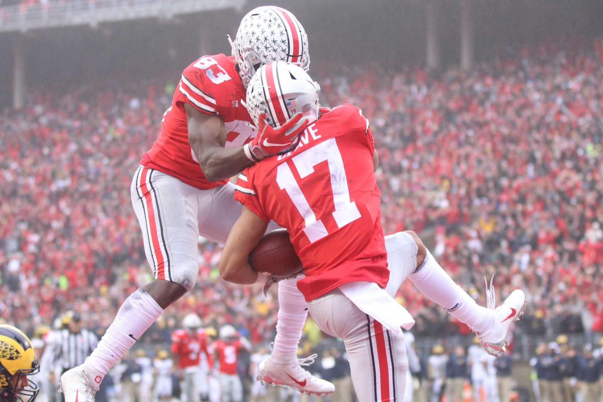 Football Olave S Unlikely Path To Potential Ohio State Stardom The Lantern