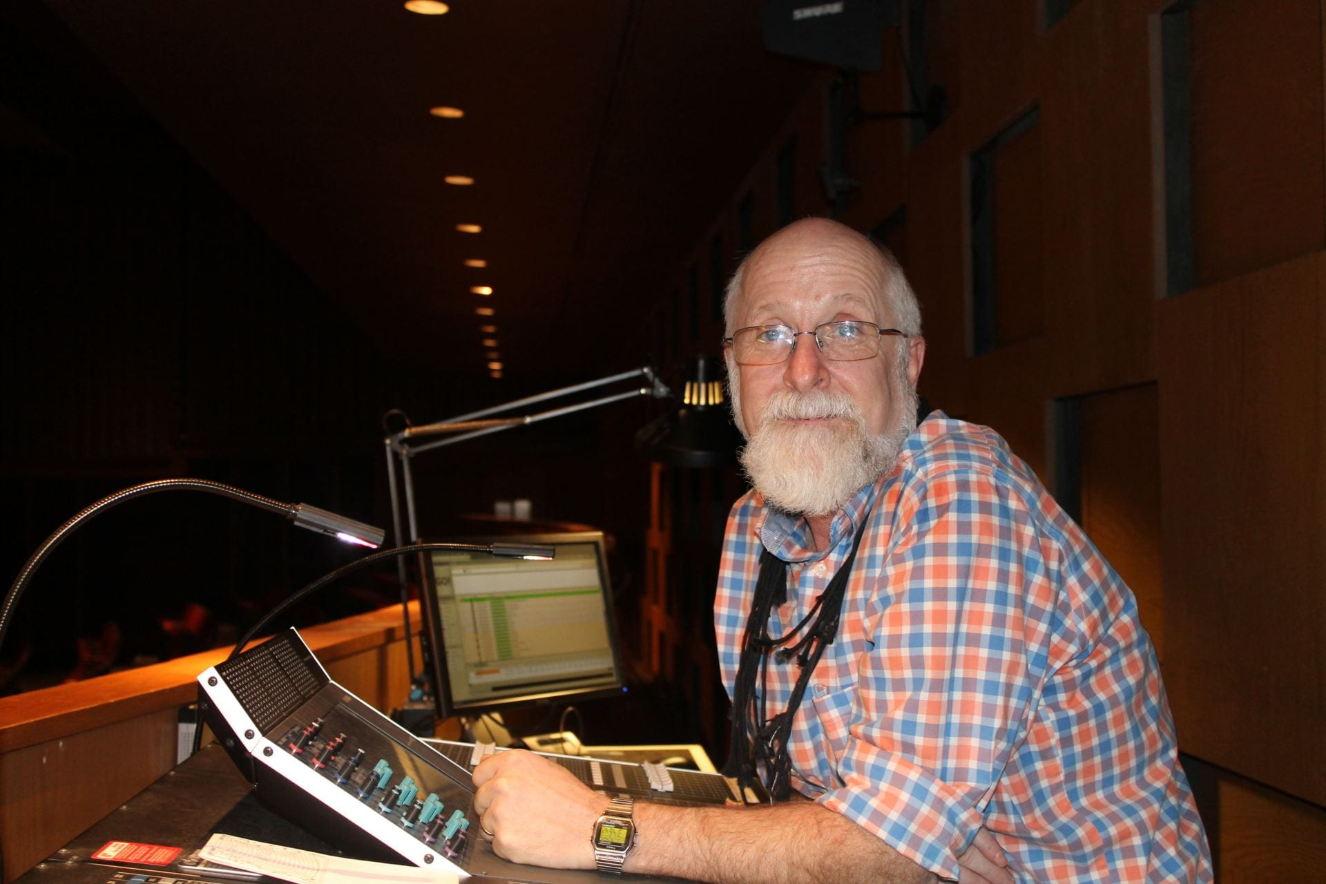 Theatre Department bids goodbye to longtime tech manager
