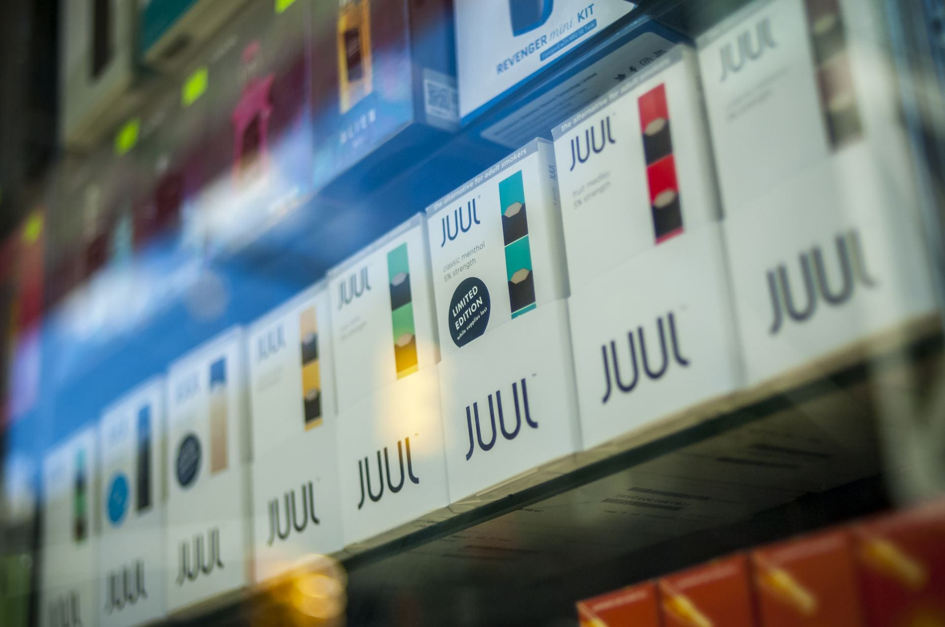 Safe smoking alternative e-cigarette revealed as dangerous