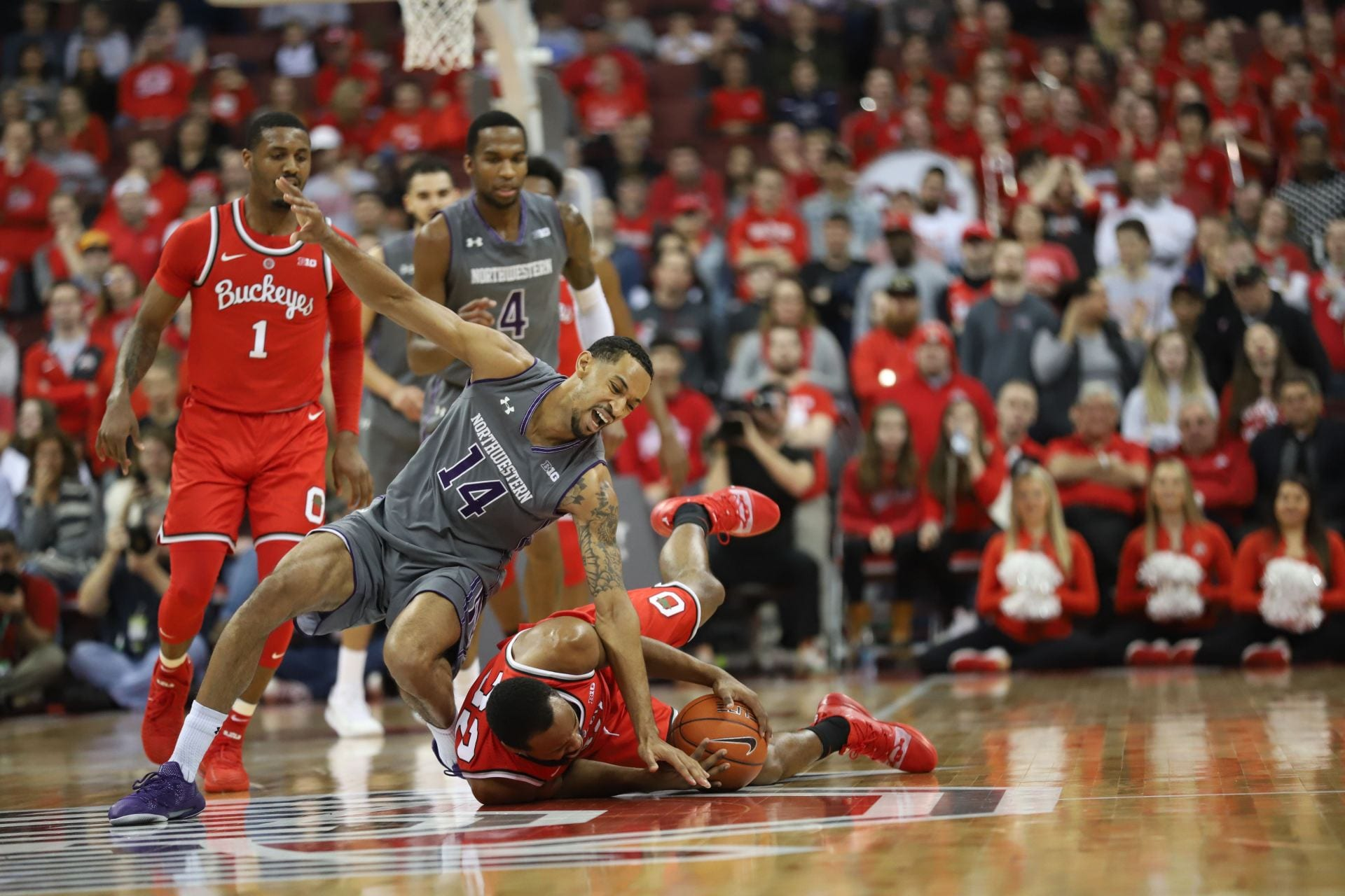 Men's Basketball: Ohio State picks up momentum with 63-49 victory against Northwestern