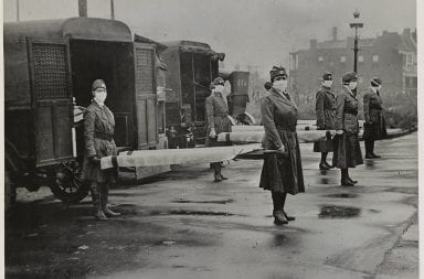 Members of the Red Cross in St. Louis, Missouri in October during the 1918 influenza. Credit: The Library of Congress