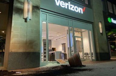 Verizon storefront damaged on North High Street