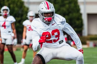 marcus hooker competes a drill during practice