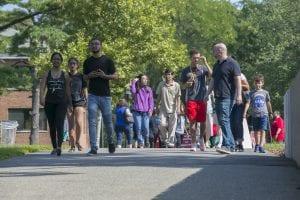 Stony Brook, NY; Stony Brook University: New Student Move-in Day on campus. https://flic.kr/p/2axd98D