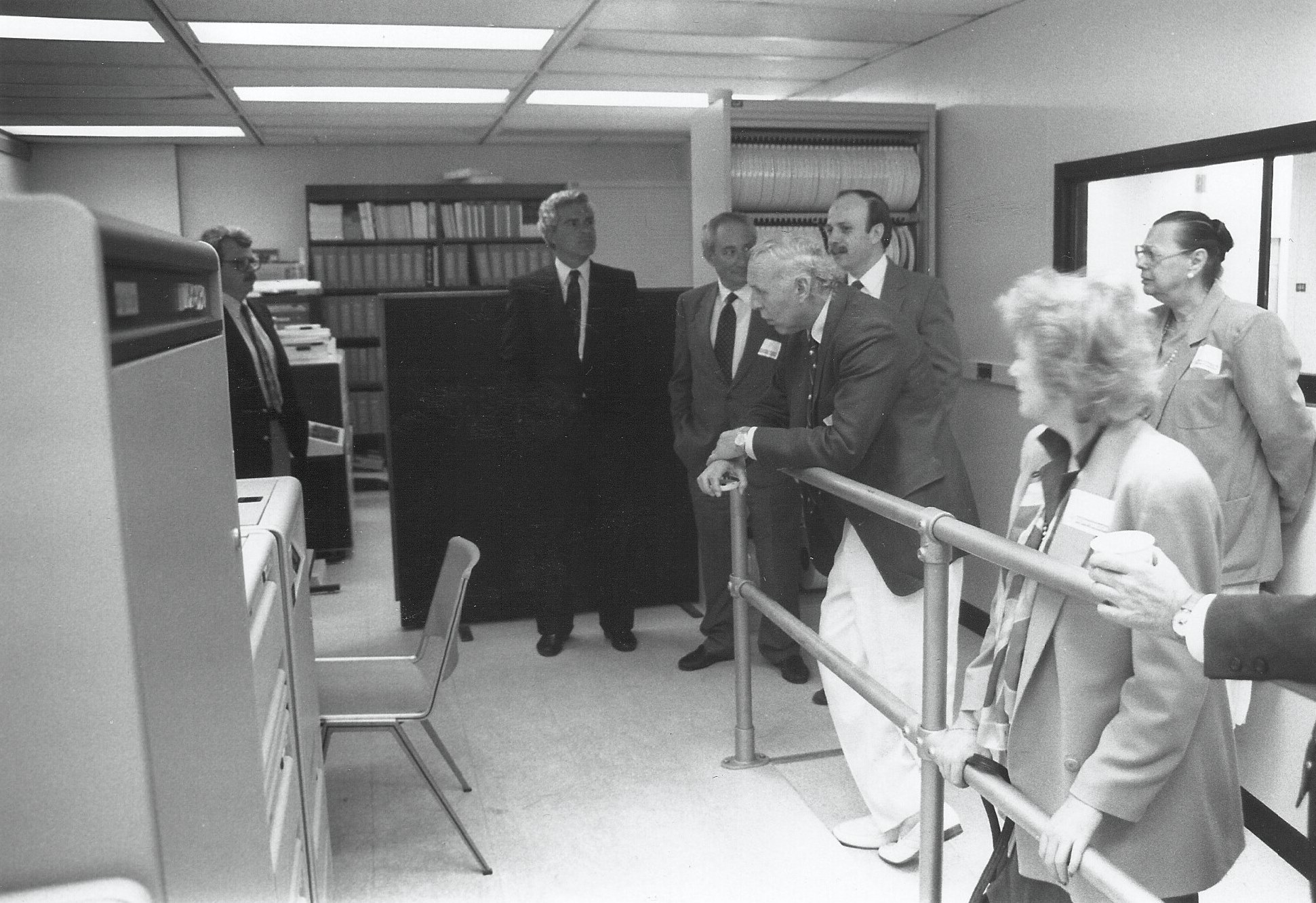 "The ""Vax"" in the SoMAS Data Center, with Dr. Henry Bokuniewicz, George Carroll, and Stony Brook President John Marburger"