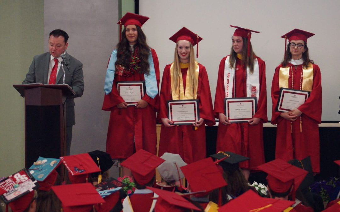 SoMAS Students Receive End of Year Honors