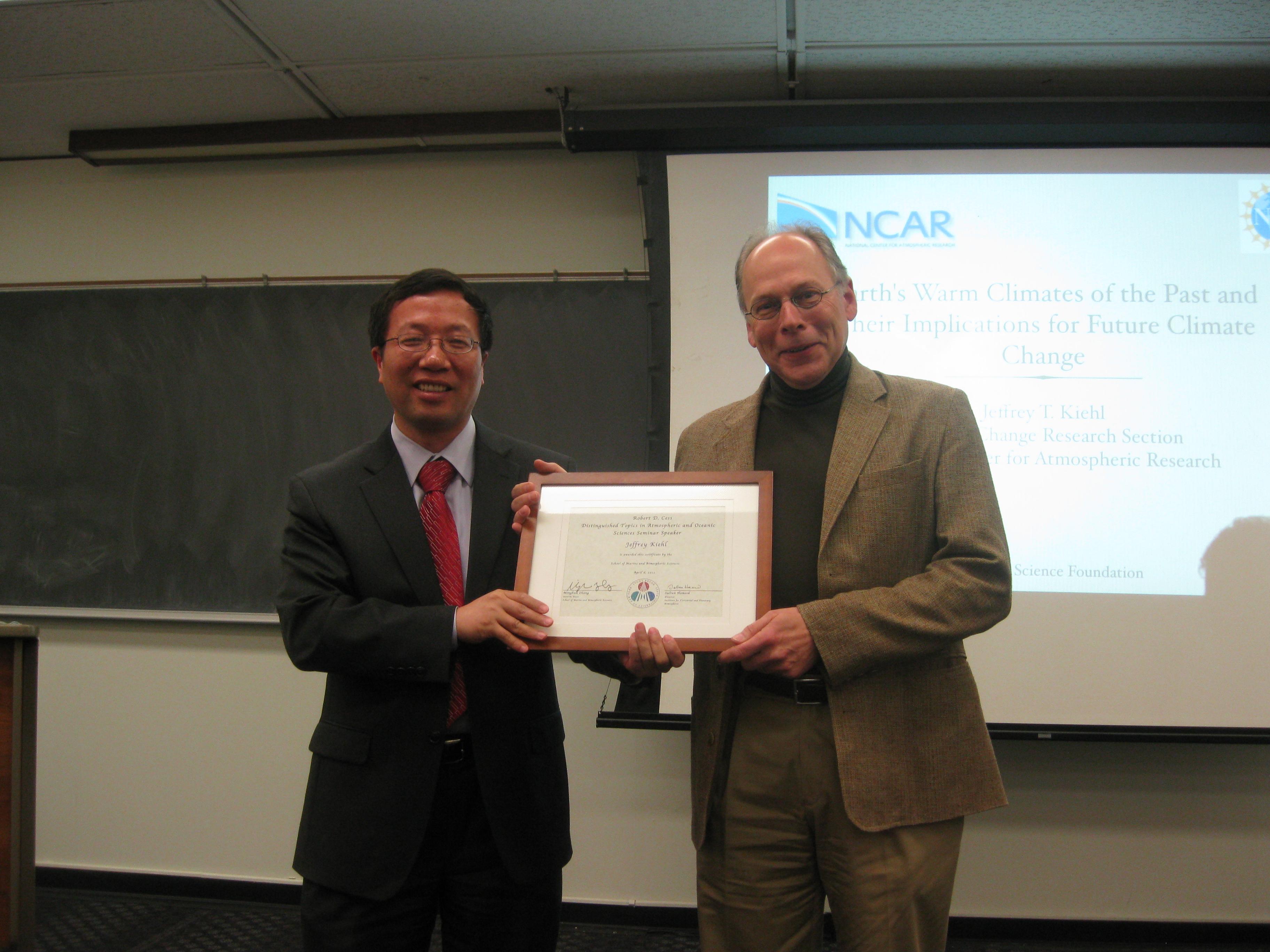 Dr. Minghua Zhang (L) and Dr. Jeffrey Kiehl (R)